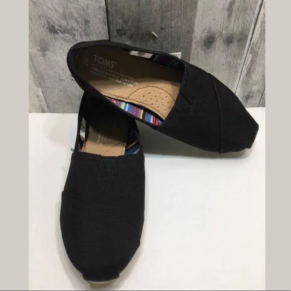 34ea6876d7c1 Toms Womens Classic Casual Slip On Black Flat Shoe.  M_5a6791a8a4c4853972dcf809